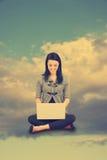 Virtueller Wolkenkonzeptweinleseblick Lizenzfreie Stockfotos
