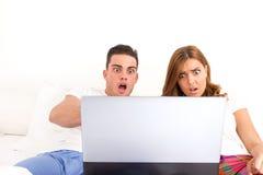 Virusattackinternet och socialt nätverk Royaltyfri Foto