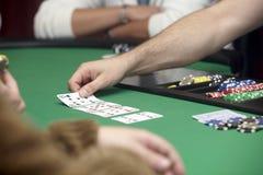 Viruta de la tarjeta del casino fotografía de archivo