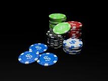 virutas de póker 3D en fondo negro Imagenes de archivo