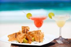 Virutas de tortilla y cocteles del margarita Fotografía de archivo libre de regalías