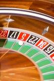 Virutas y ruleta de póker Imagen de archivo libre de regalías