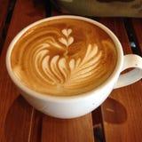 virvlande runt latteart Fotografering för Bildbyråer