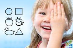 Visão dos testes da criança com símbolos imagem de stock royalty free