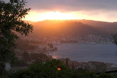 vis för croatia solnedgångtown Royaltyfria Foton