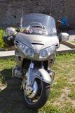 Visa motorcyklar NARVABIKE i territoriet av fästningen av Juli 18, 2010 i Narva, Estland Arkivfoto