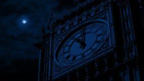 Visage d'horloge de Big Ben la nuit banque de vidéos