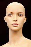 Visage d'un mannequin chauve images stock