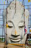 Visage de Bouddha avec le ciel bleu Photographie stock