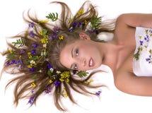 visage de femme avec des fleurs Image libre de droits