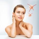Visage de femme avec la peau sèche Photographie stock