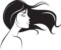 Visage de femme avec le long cheveu noir Photos libres de droits