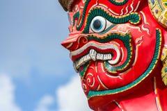 Visage du gardien géant rouge Image stock