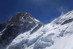 Visage du nord de crête de Khan Tengri, Tian Shan m Photos stock