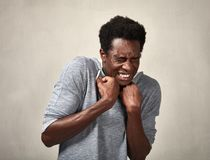 Visage effrayé d'homme de couleur photos libres de droits