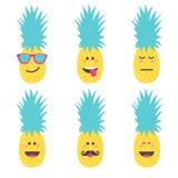 Visage réglé d'émoticône de sourire en ananas Image libre de droits