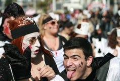 Visages de carnaval avec des expressions émotives image stock