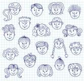 Visages de griffonnage d'enfants Images libres de droits