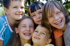 Visages heureux des enfants Photo libre de droits