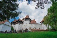 Visciri ha fortificato la chiesa in Romania fotografia stock