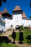 Viscri, église enrichie en Roumanie photo stock