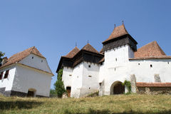 Viscri укрепило церковь, Transylvania, Румынию стоковая фотография rf