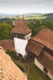 Viscri fortificó la iglesia - visión desde la torre Fotografía de archivo