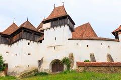 Viscri, Saksische versterkte kerk stock foto