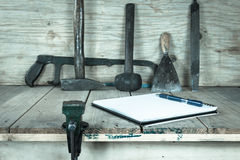 The vise to clamp with wooden desk,filter effect,selected focus Royalty Free Stock Photography