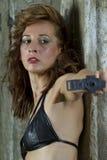 Viser de femme d'arme à feu Image libre de droits