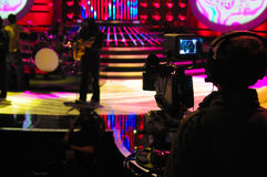 Viseur d'appareil-photo, studio de TV, Live Show, cameraman Silhouette photos stock