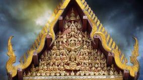 Vishnu Garuda στο αέτωμα Ασιατική καλλιέργεια Στοκ Εικόνες