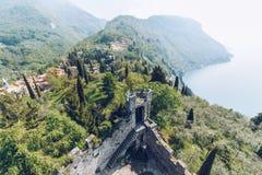 Visión aérea desde el Castello di Vezio Imagen de archivo