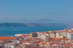 Visión aérea desde el santo George Castle, Portugal Foto de archivo libre de regalías