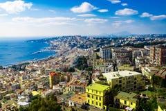 Visión aérea desde la cumbre sobre Nápoles, Italia Visión encendido desde Castel Sant 'Elmo fotos de archivo