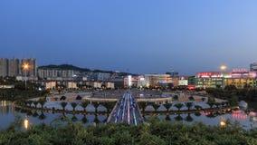 Visión aérea en la puesta del sol de Nie Er Music Square Park, una del más grande de Yuxi fotos de archivo libres de regalías