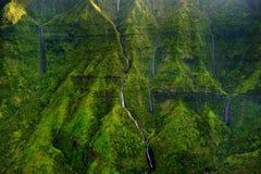 Visión aérea imponente en el barranco de Waimea Imagenes de archivo
