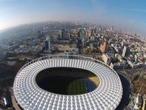 Visión aérea la arena olímpica en Kiev Imagenes de archivo