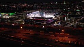 Visión aérea Lincoln Financial Field en la noche almacen de video