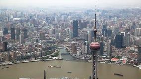 Visión aérea, panorama del horizonte de Shangai en China almacen de metraje de vídeo