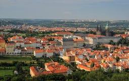 Visión aérea sobre ciudad vieja en Praga, República Checa Imágenes de archivo libres de regalías