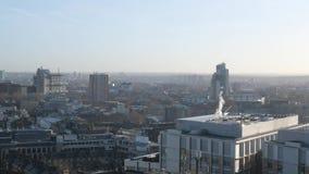 Visión aérea sobre el sur de Londres almacen de video