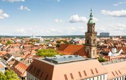 Visión aérea sobre la ciudad de Erlangen imagenes de archivo