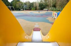 Visión abajo de una diapositiva en un patio Fotografía de archivo libre de regalías