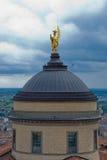 Visión agradable en la ciudad de Bérgamo. imagen de archivo libre de regalías