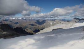 Visión alpina desde el Vedretta de Pisgana, altitud los 3000m Foto de archivo libre de regalías