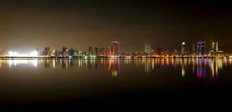 Visión de conjunto hermosa del horizonte de Bahrein Imágenes de archivo libres de regalías