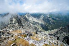 Visión desde arriba de la montaña Lomnicky Stit Foto de archivo libre de regalías
