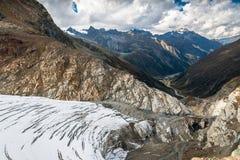 Visión desde arriba del glaciar de Pitztal Foto de archivo libre de regalías