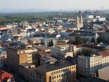 Visión desde ayuntamiento a la Ostrava circundante en República Checa fotos de archivo